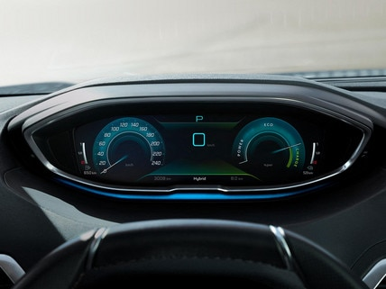 Nouveau SUV PEUGEOT 3008 HYBRID – Combiné numérique en haute qualité d'affichage