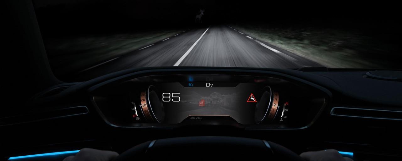 Nouvelle berline PEUGEOT 508 : technologie Night Vision, pour améliorer la vision de nuit