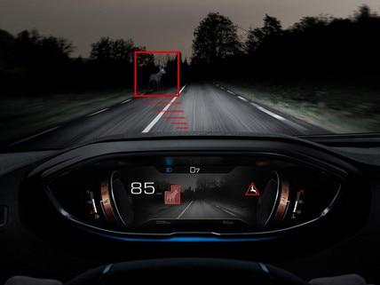 Nouveau SUV PEUGEOT 5008: Technologie Night Vision